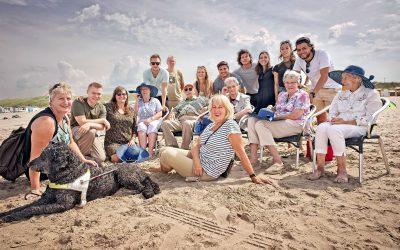 Rotaract neemt ZaaiGoed ouderen een dagje mee naar de zee