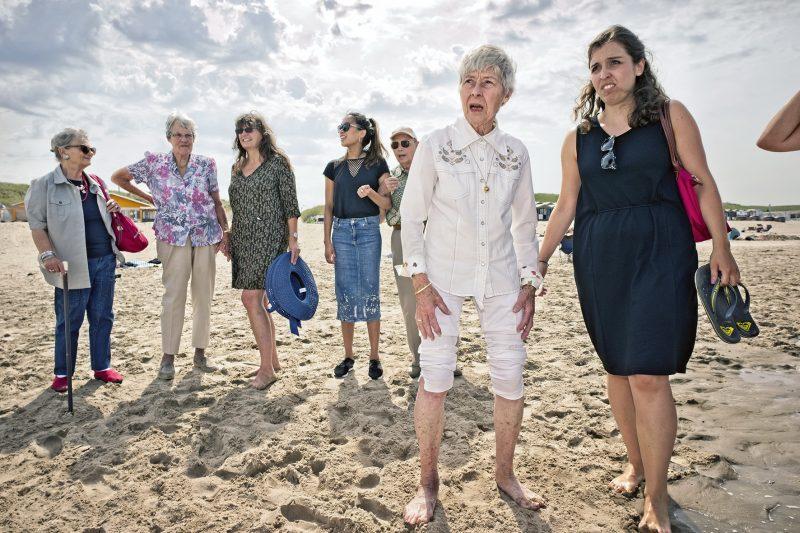 Met Rotaract Haarlem op het strand van Wijk aan Zee