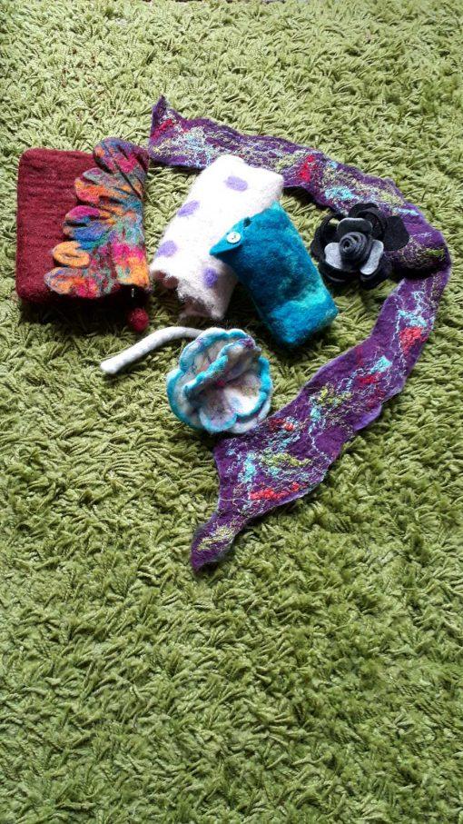 Vilten-sieraden-tasje-sjaal